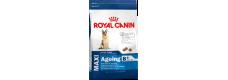 Royal Canin 2 x Maxi Ageing 8+15kg (30kg)